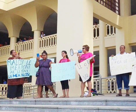 Protest in Samoa - Radio Samoa